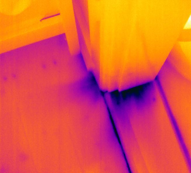 NiiR Termografering Træk ses med det termisikekamera